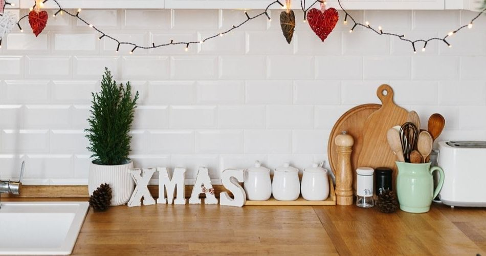 Great Tips to Decorate your Kitchen for Christmas