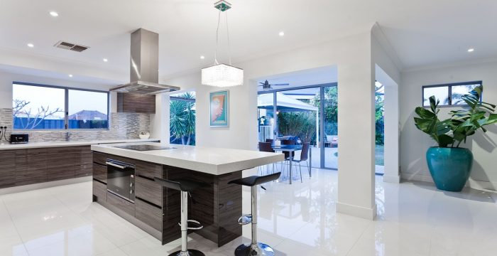 what is the average cost of a new kitchen in the uk