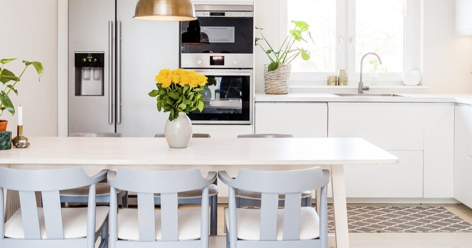 Implementing Minimalist Designs In Your Kitchen