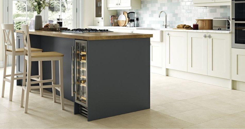 Should I buy light or dark coloured kitchen cabinets