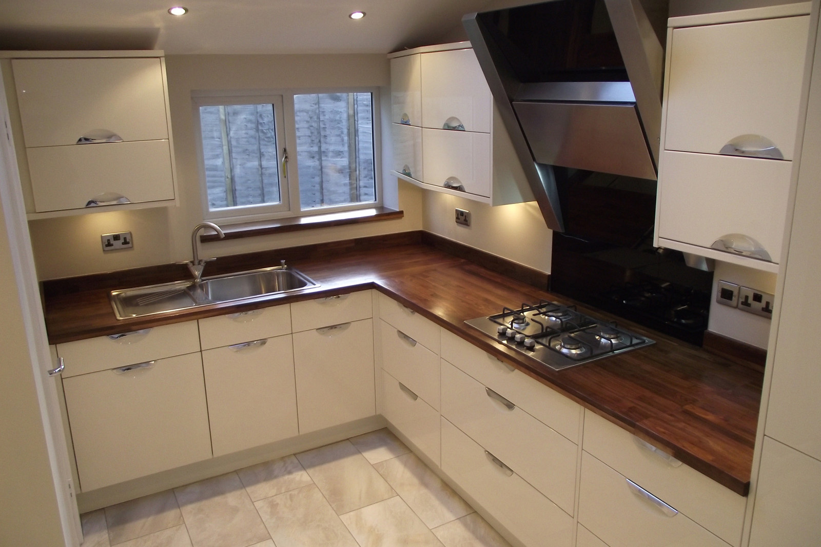 Mr Smith New Kitchen Leeds Cheap Kitchen Units And Cabinets For Sale Online Kitchen Warehouse